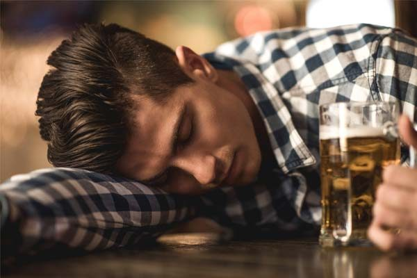 alcohol and sleep deprivation